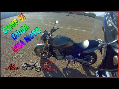 Nico On The Road - come si guida una moto