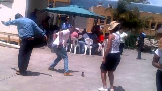 People Dancing To Shimza