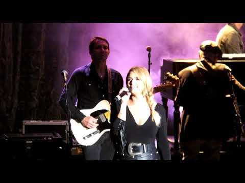 Miranda Lambert  - Automatic - 17 august 2017 - Live at Caprera Bloemendaal Country Nashville