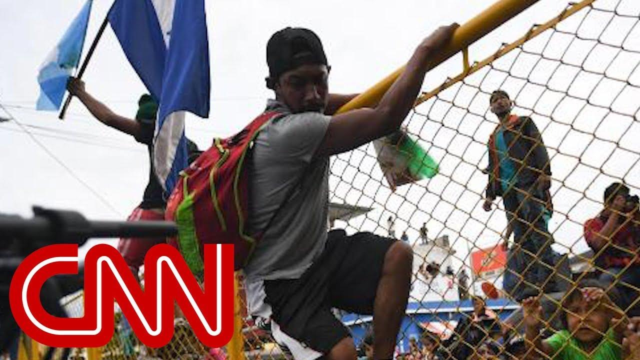 CNN reporter describes chaos amid the caravan
