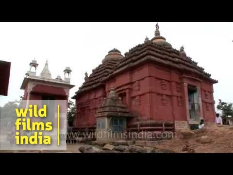 Digambar Jain Temple, Khandagiri - YouTube