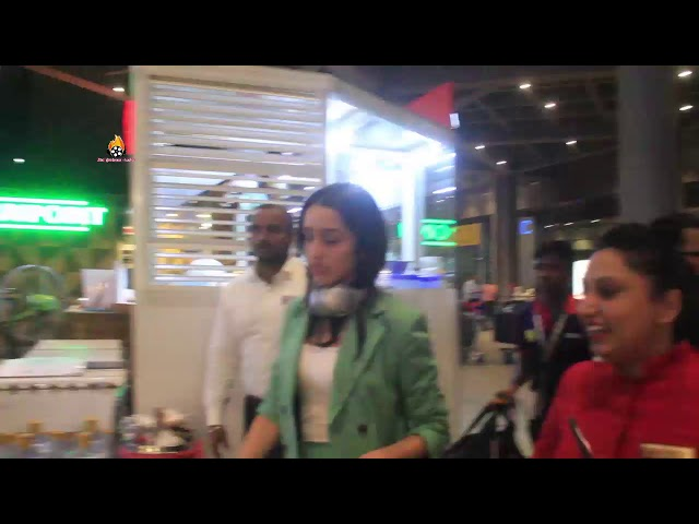 Saaho Actress Shraddha Kapoor Spotted At Mumbai Airport