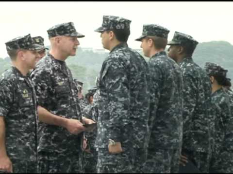 New 7th Fleet Commander makes first visit to Sasebo