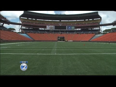 Aloha Stadium reveals new turf ahead of UH football season