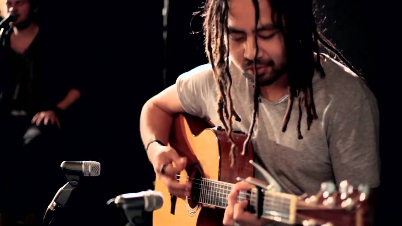 Hillsong Live - God Is Able (Dios Es Poderoso) - Acoustic