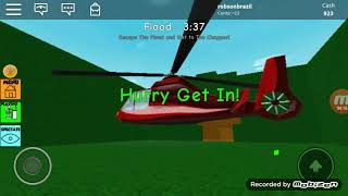 Playing two ROBLOX games