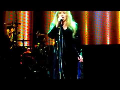 "Stevie Nicks ""Gold & Braid"" First Part, Dallas, TX 10/30/2016 at American Airlines Center"