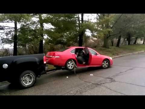 Cops got called on wild repo / 5 cars repossessed