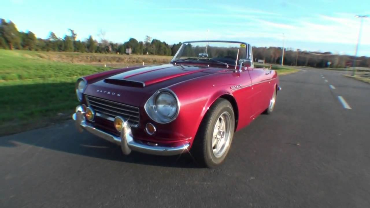 Datsun 1600 Roadster >> 1967 Datsun Fairlady 2000 - YouTube
