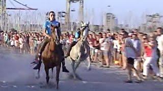 Correguda de Joies - Jinetes sin montura al galope por la playa - Valencia