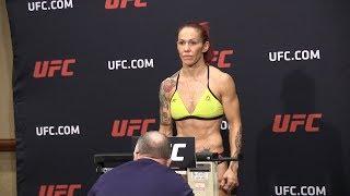Video UFC 219 Official Weigh In Highlights download MP3, 3GP, MP4, WEBM, AVI, FLV September 2018