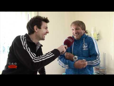Couch & Guests - Besuch bei Michme's Fußballfreund