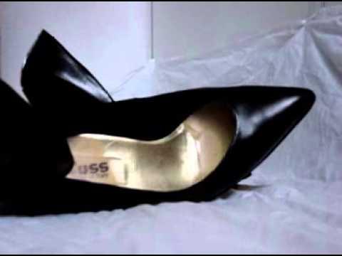 fuss schuhe bad high heels youtube. Black Bedroom Furniture Sets. Home Design Ideas