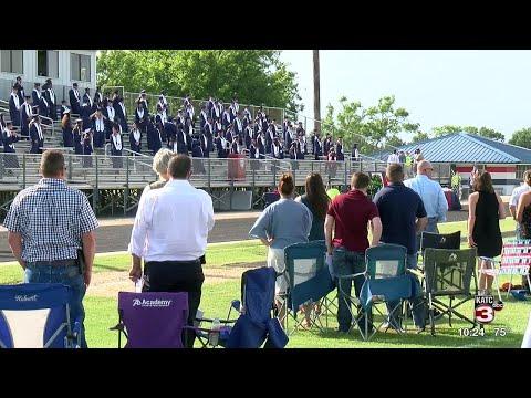North Vermilion High School holds graduation in football stadium
