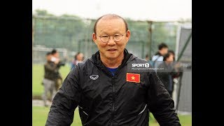 Thầy Park không chịu nổi khi tập thử bài khởi động của U23 Việt Nam vì đau lưng