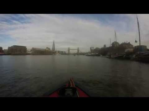 Timelapse London: The Thames Tideway by Narrowboat