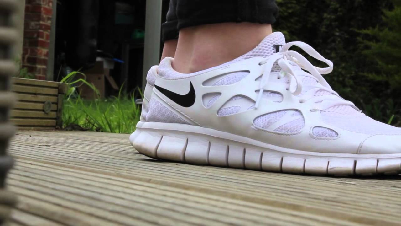 Nike Free Run 2.0 'All White' - YouTube