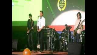 Sandy Sandoro - Malam Biru cover by Fat Lady (Rama Raditya, Patra, Idham, Bento)