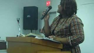 nikia hammonds- blakely ministering at high praise ministries