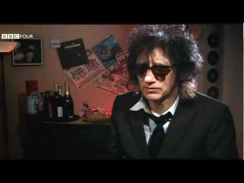 Poet John Cooper Clarke on the dangers of owning a computer (Very Funny)