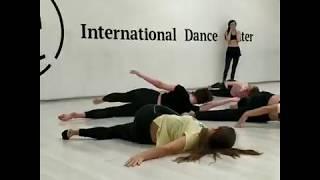 Contemporary Кристина танцует