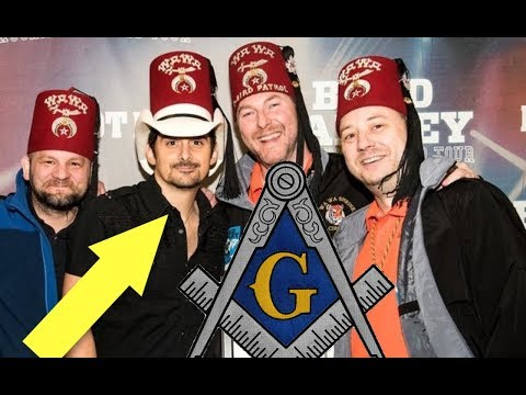 FAMOUS COUNTRY SINGER BRAD PAISLEY ADMITS TO BEING ILLUMINATI FREEMASON SCUM....