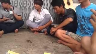 Nhạc Chế Gõ Po và Guitar P-2 ( Ae Off Nhóm Nhạc Chế giao lưu 2015 )
