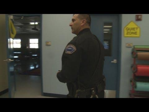 Armed officers patrol Los Lunas grade schools