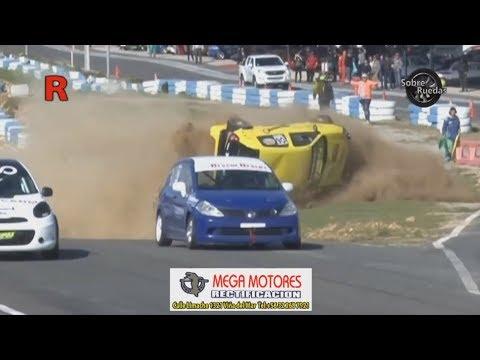 GT 1600 2017. Race 2 Autódromo Villa Olímpica de Quilpué (9). Start Big Crash Rolls