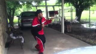 D-Ray Starr Doing The Running Man