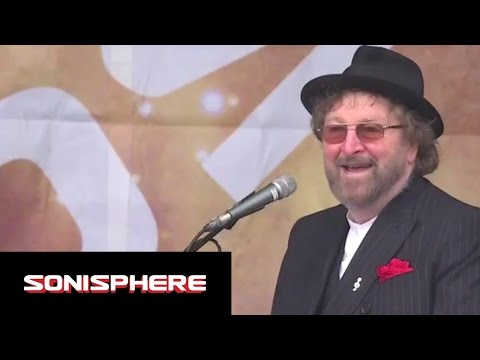 Chas And Dave - Gertcha | Sonisphere 2014 | FestivoTV
