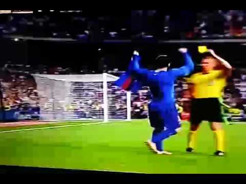 el clasico barcelona vs real madrid messi last second min goal and yellow card on celebration