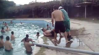 Los ¿Cómo calambres al nadar? previenen se