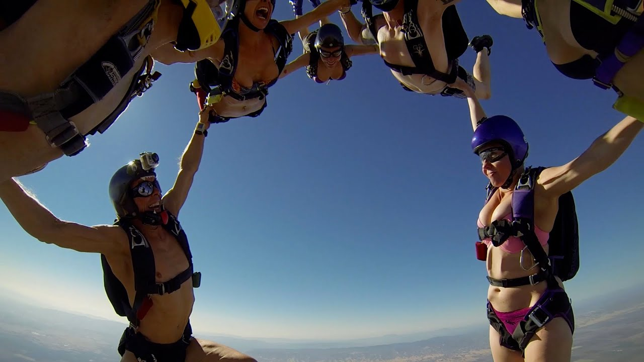 Girl women naked skydiving