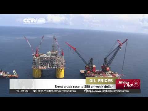 Brent crude oil price rises to $50 on weak dollar