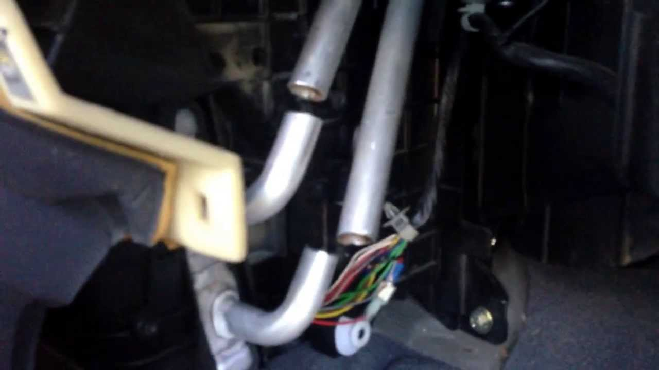 02 hyundai elantra heater core repacement 1 [ 1280 x 720 Pixel ]