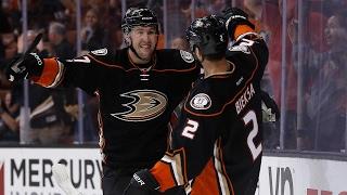 Eaves helps Ducks get past Flames