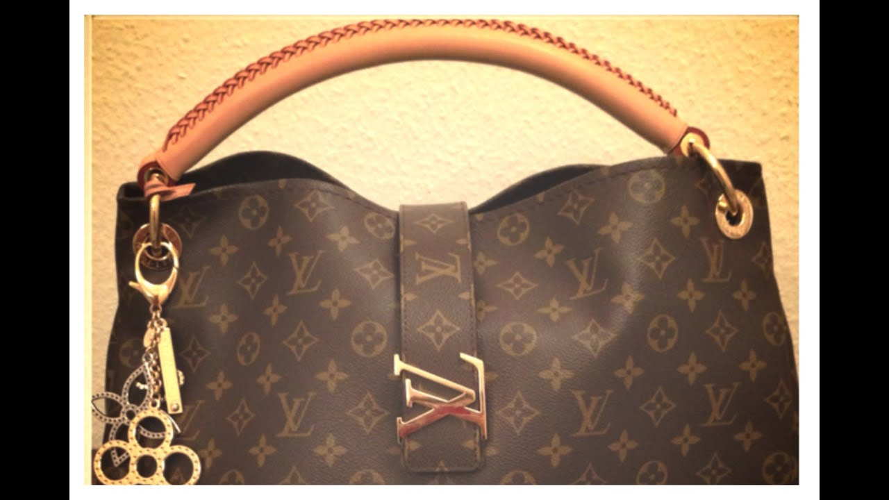 What S In My Bag Louis Vuitton Artsy Mm