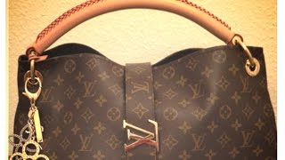 What's In My Bag | Louis Vuitton Artsy MM