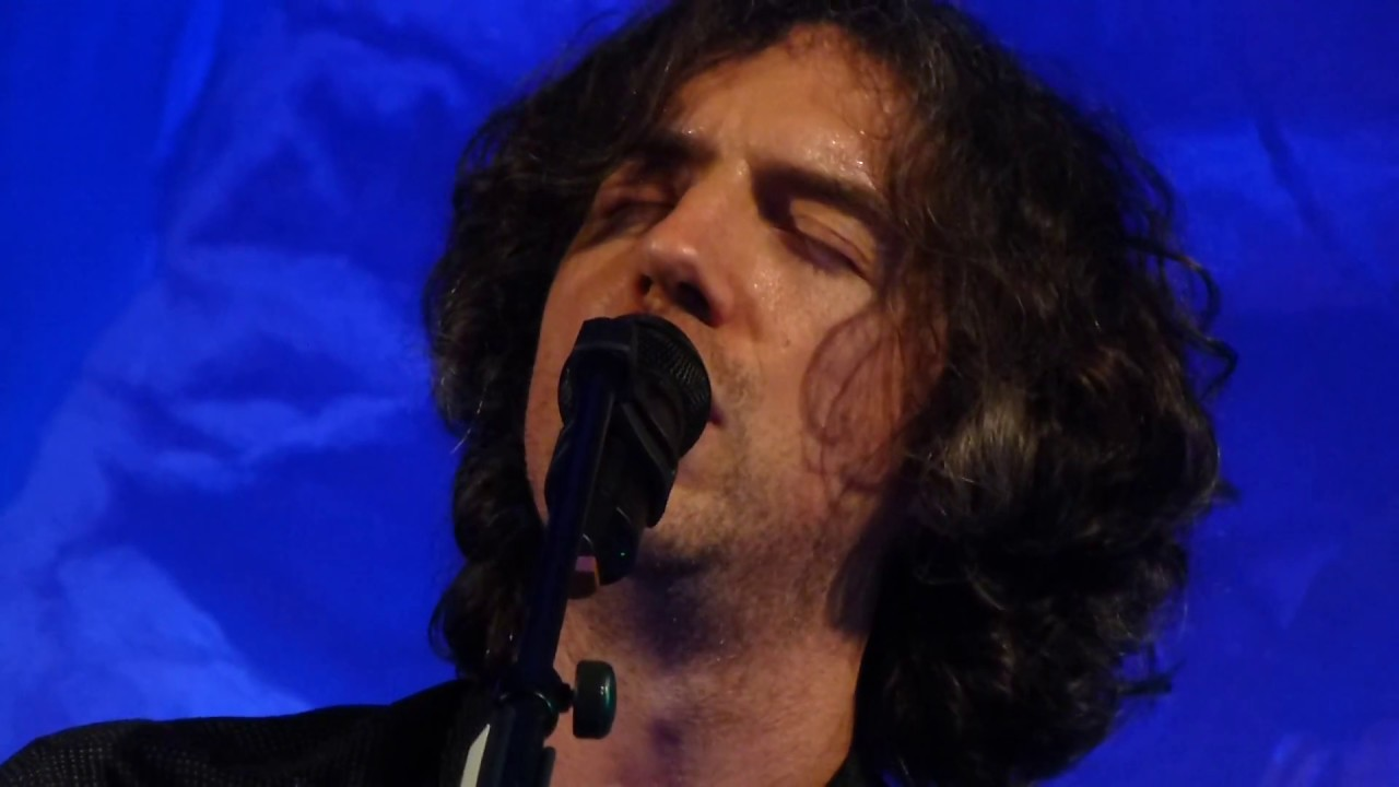 snow-patrol-dont-give-in-london-show-april-11-2018-dzing74