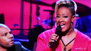 Le'Andra Johnson w/ Kirk Franklin honoring Shirley Caesar (10/13/17)
