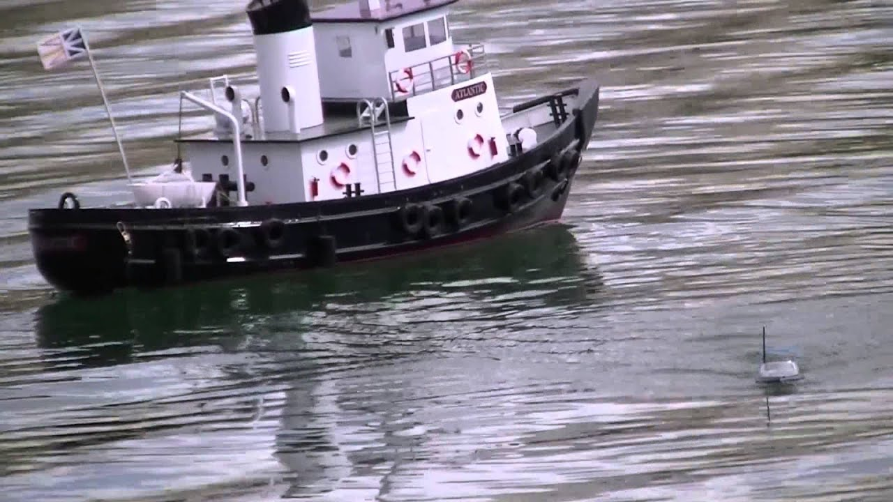 Rc athletes rc air boat fishing boats youtube for Rc boats fishing