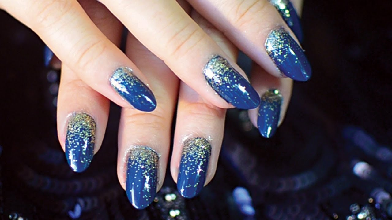 ✂ Ombre Glitter Nail Tutorial - YouTube
