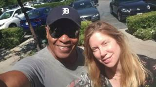 Ray Parker Jr Proves How Women Love Men With A Guitar