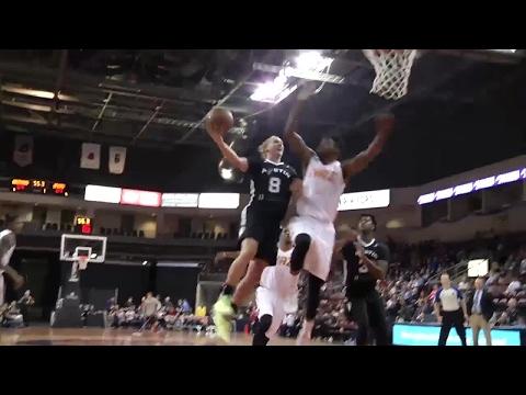 Derek Cooke Jr. with the rejection vs. the Spurs