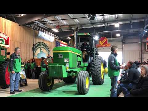 Mecum Iowa Premier 2018 Tractor Auction