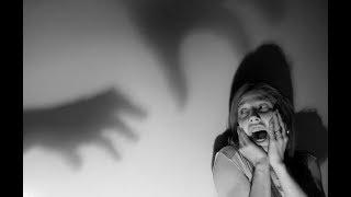 ОТЕЦ УБИЛ УЧИТЕЛЬНИЦУ СВОЕЙ МЕРТВОЙ ДОЧЕРИ. ВИДЕО ПОКОРИВШЕЕ ЮТУБ. Страшные истории из жизни на ночь