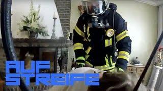 Einsatz mit Gasmaske! In eigener Wohnung vergiftet?! | Auf Streife - Die Spezialisten | SAT.1 TV