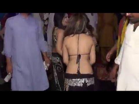 Wedding Desi Nanga Mujra 2016