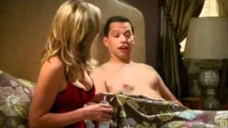 Repeat youtube video Mon Oncle Charlie (Two and a half men) Saison 8 Episode 01 Extrait (Season Premiere)